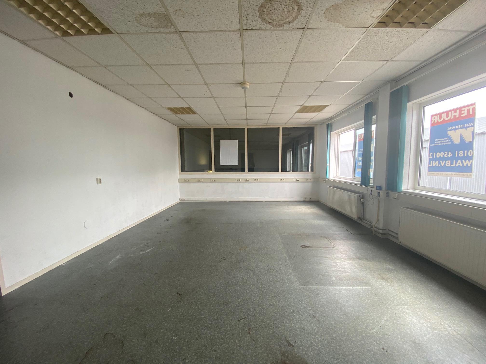 Kerkweg 15P8 kantoorruimte
